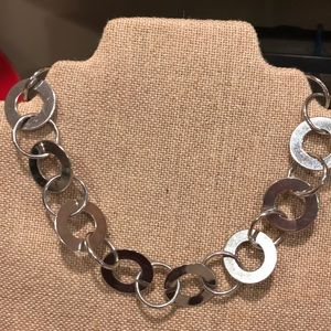 Stainless steel shiny silver circular necklace